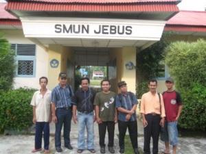 Sesaat setalah pelatihan di depan SMA N 1 Jabus Bangka Barat